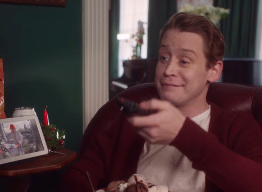 Christmas Ads That Deserve Two Thumbs Way Up