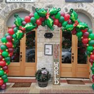 Christmas Arch.jpg