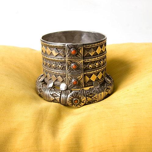 Glorious Jat tribe India chunky silver bangle