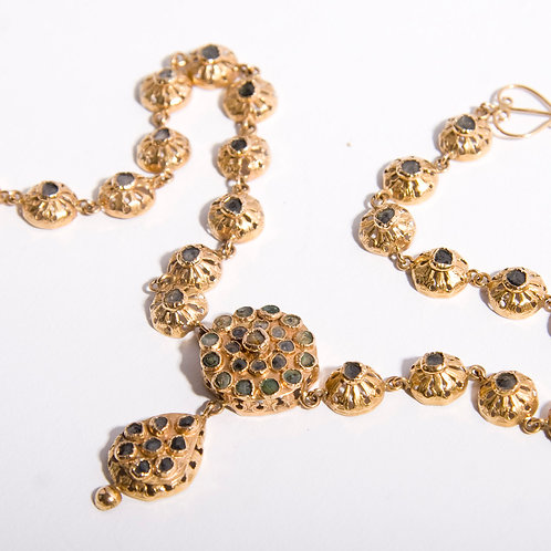 18  gold and chip diamond head ornament or necklace. Algerian 1900