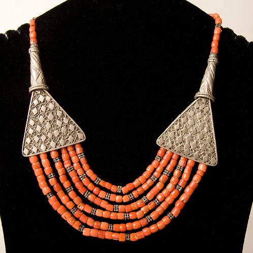 Multistrand coral and silver necklace in Yemen style