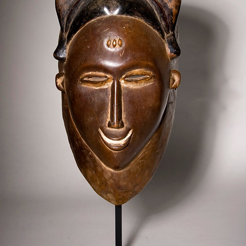 Kapan mask, Baule Tribe, Ivory Coast. Beautiful woman