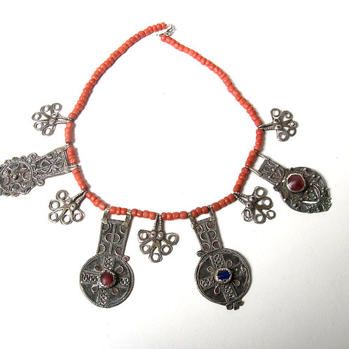 Rare Moroccan treasure necklace Anti Atlas silver and coral