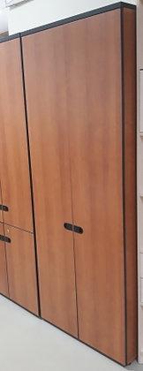 Шкаф - гардероб