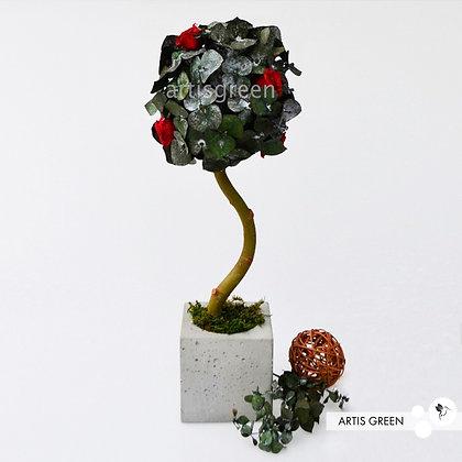 Дерево со стабилизированным эвкалиптом и розами, топиарий 45 cm