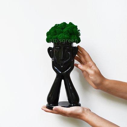 Черное кашпо с настоящим скандинавским мхом, зеленый