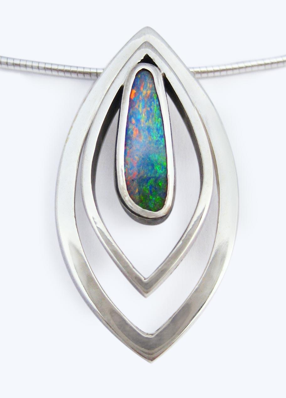 Opal marque pendant