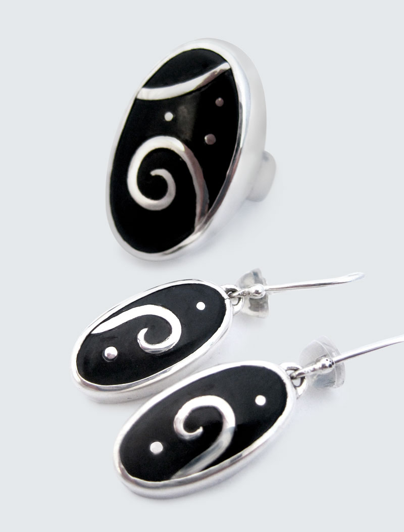 Dark Jade silver inlaid earrings & ring