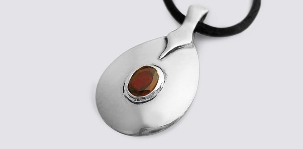 stone-set-pendant.jpg