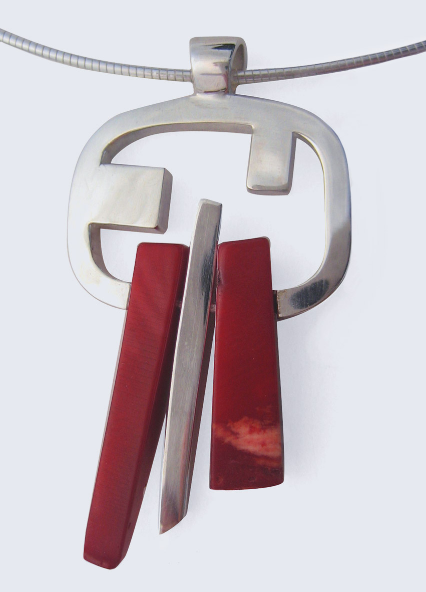 Red coral silver spliced pendant