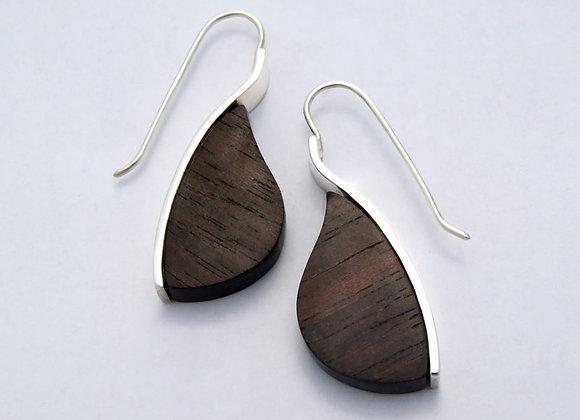Mahogany leaf drop earrings