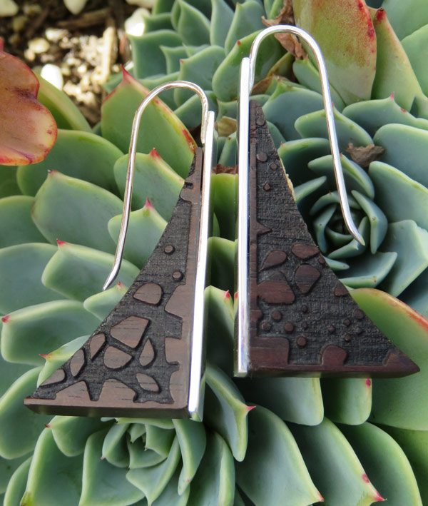 Mahogany laser engraved sail earring