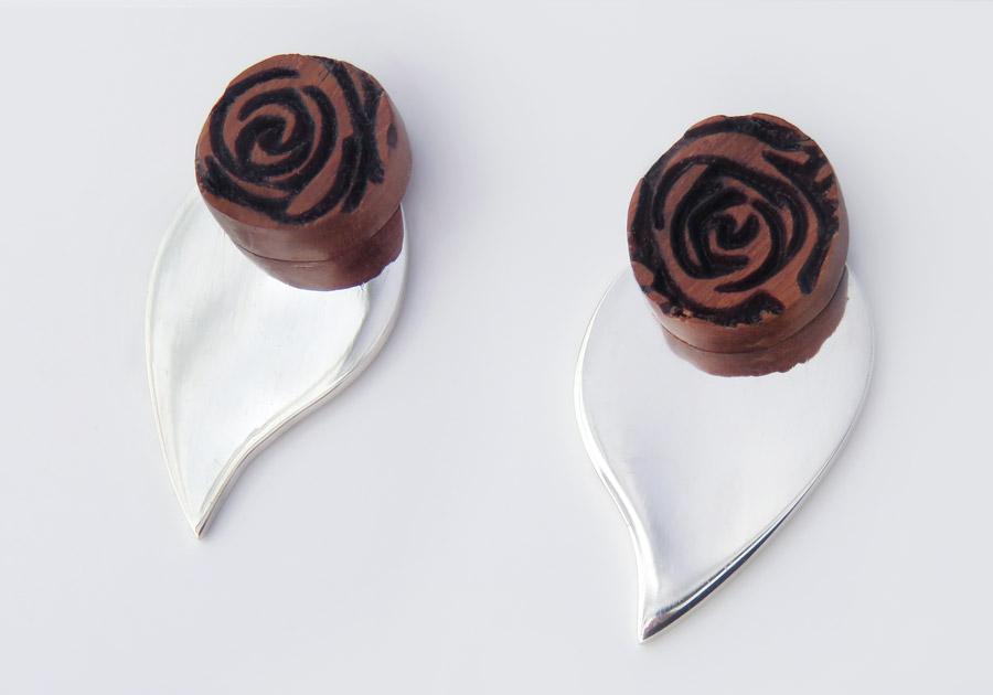 Rose laser ear studs