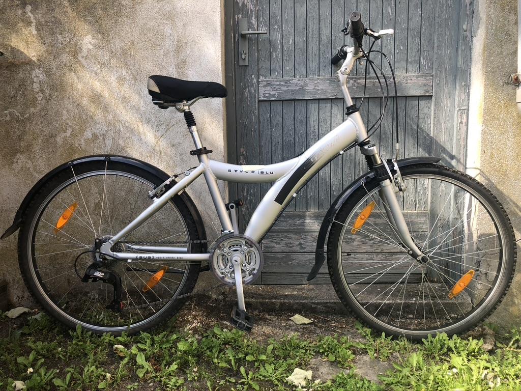 50€ - Femme - 160 / 165 cm