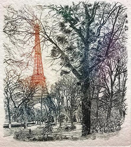 Paris Tour Eiffel depuis jardin