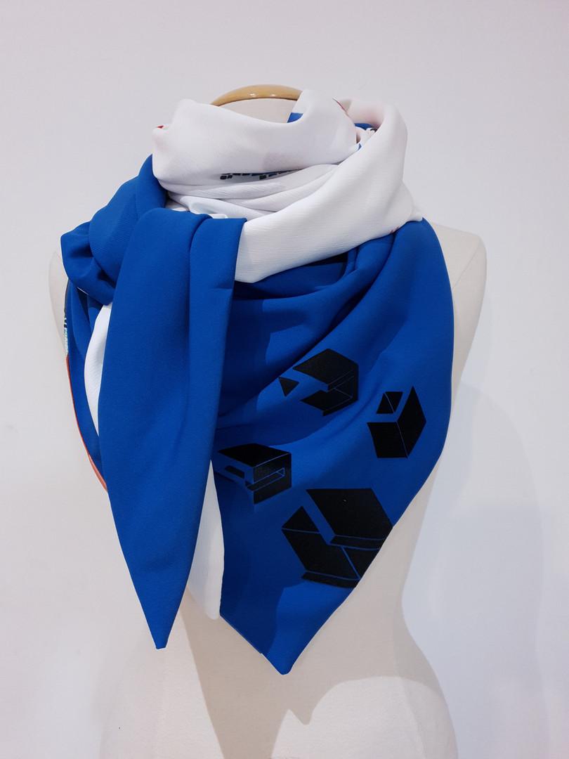 foulard CLoCK