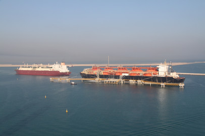 """""""Qatargas LNG carrier Al Bahiya delivery of commissioning cargo to Regasification vessel Golar Freeze"""""""