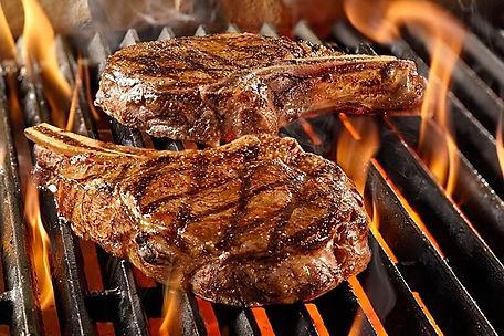 grillin steaks.jpg