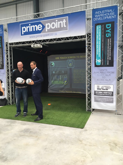 Rugby Simulator hire, conversion challenge with Gareth Edwards former Wales RFU captain