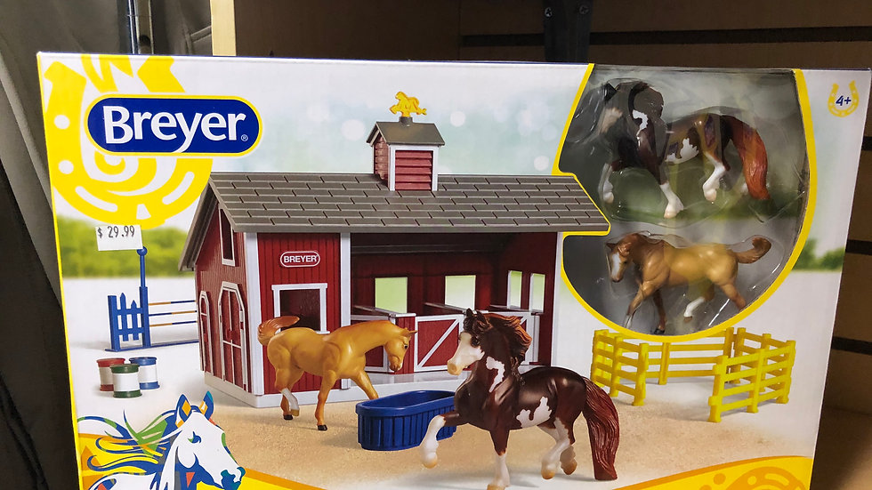 STABLEMATES RED STABLE SET WITH TWO HORSES
