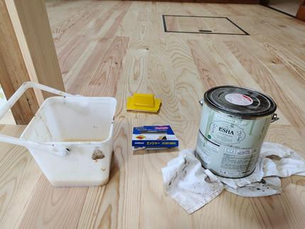 DIYビギナー向け 床用塗料(クリア)