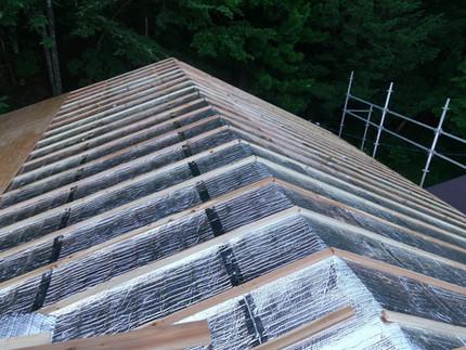 [施工事例]農村の一軒家を屋根遮熱と薪ストーブでリフォーム