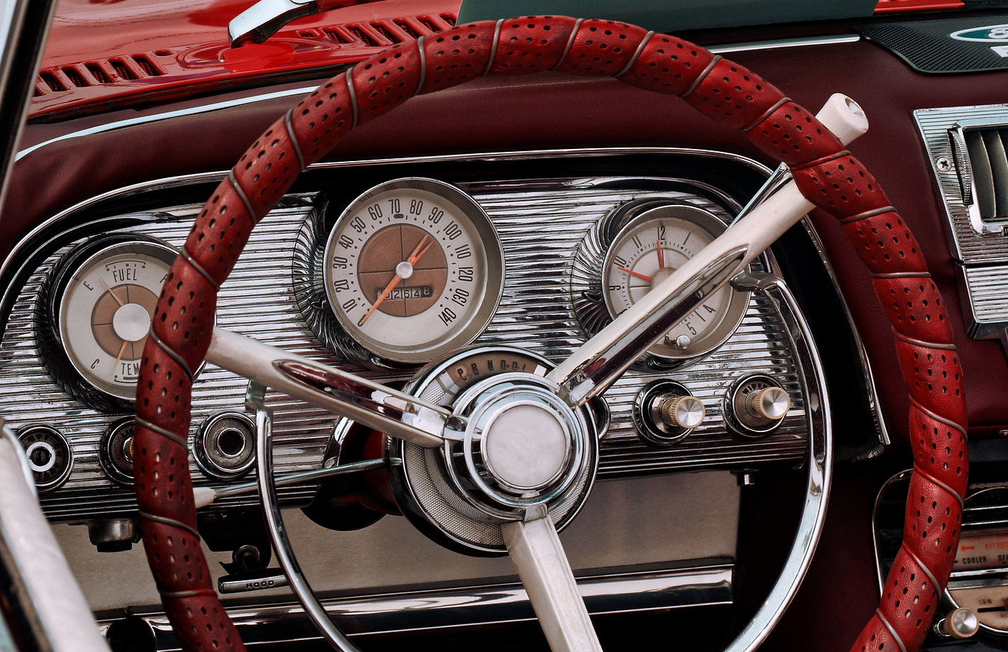 Part of the interior of an oldtimer spor
