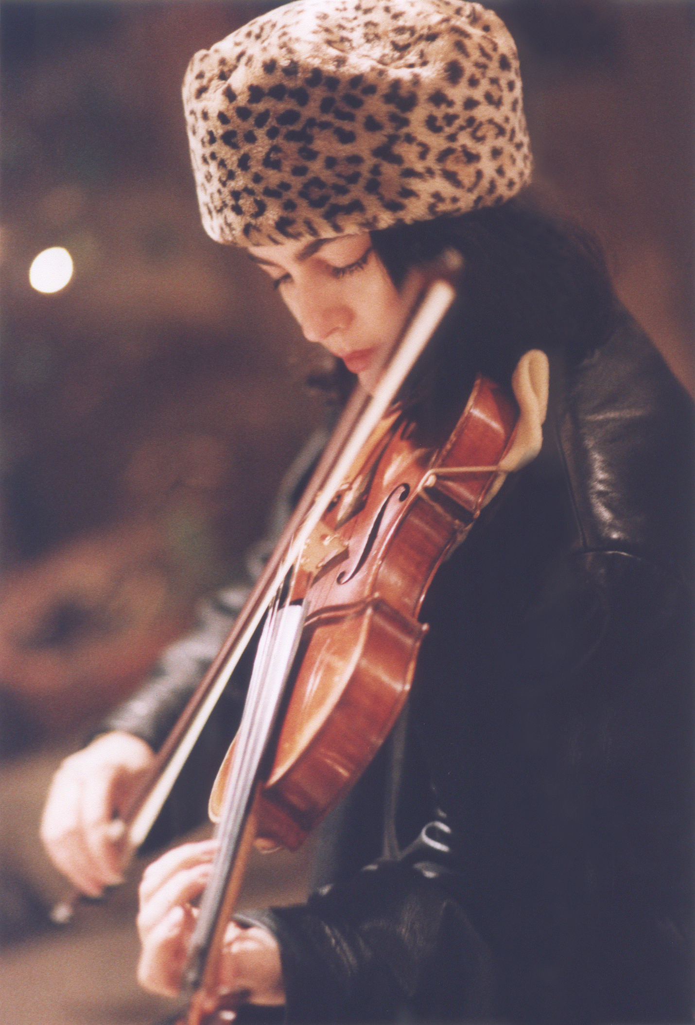 Calabria, Leopard Hat and Violin