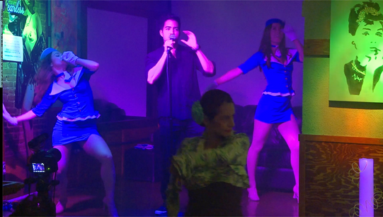 Brunch in Barcelona, Rafi Fuentes, Rebecca Frazier, Jillian Sawyer