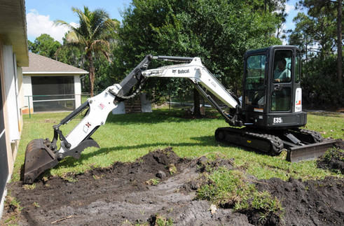 Bobcat M-Series_E35i_excavators r-l-xjrd