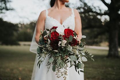 lovestoriesco-caitlin-and-simon-married-