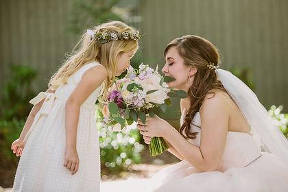 wedding flowers, bridal bouquet