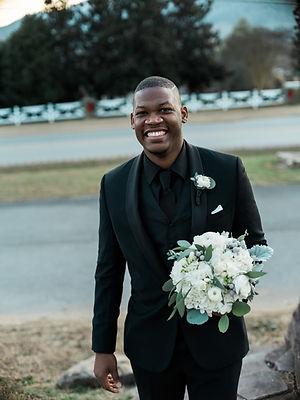 wedding flowers, bridal bouquet, groom