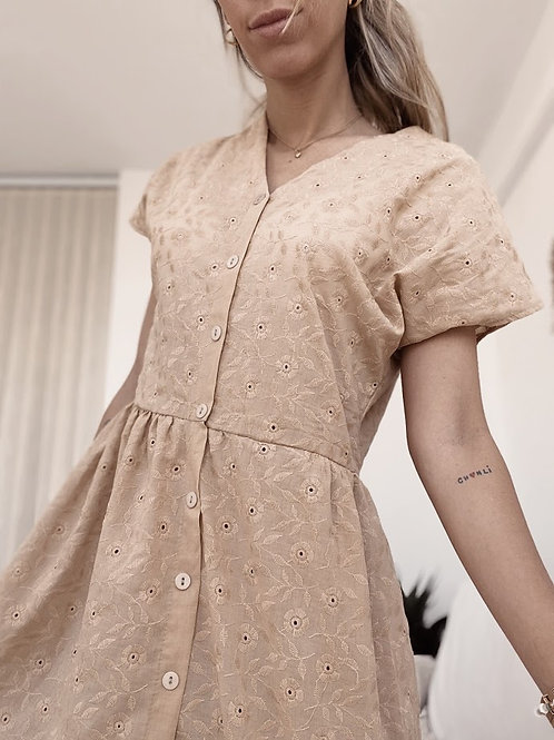 Lilly Dress Broderie / Beige