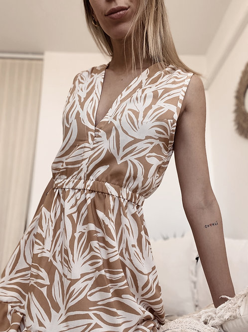 Little Sally Dress / Camel & Off White
