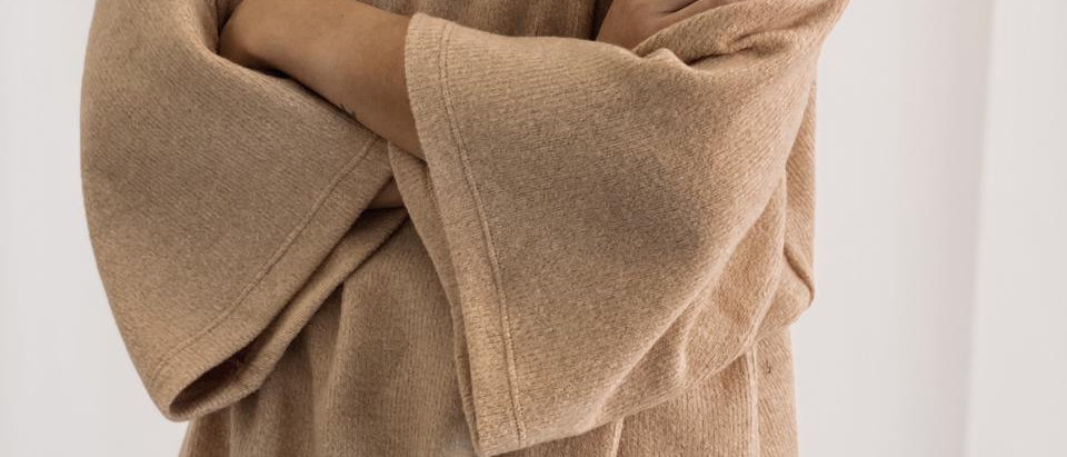 New Sweater Over Era / Beige