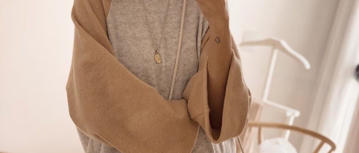 Sweater Over Era / Grey & Camel