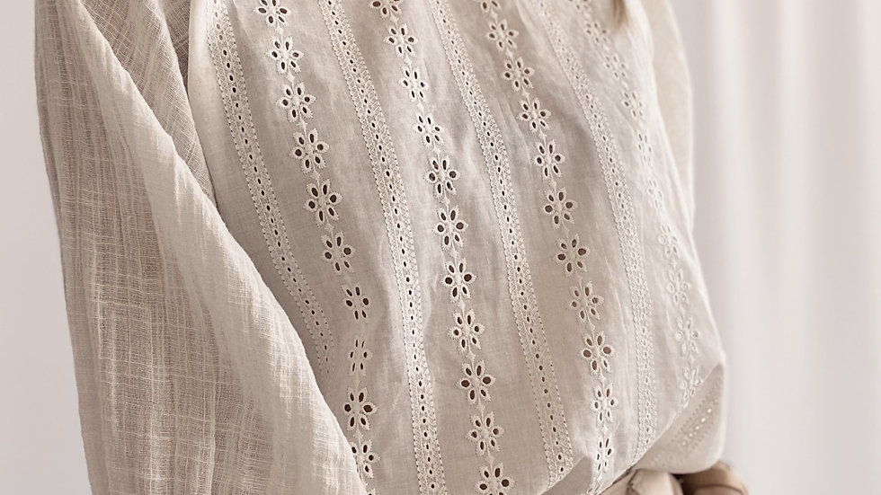 Blusa New Adolfina Alg. Rustico / Off White