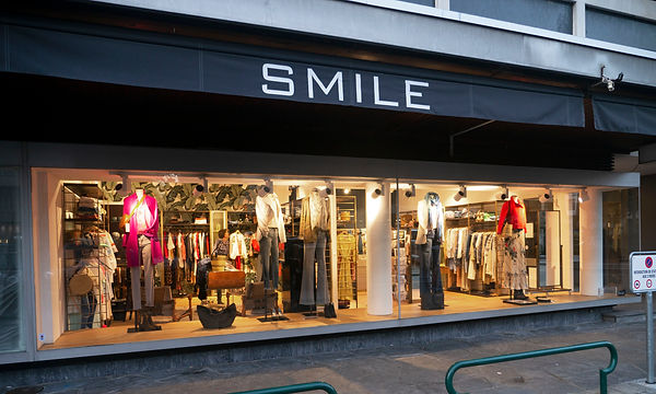 Boutique Smile Geneve Front door