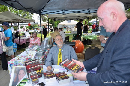 Book signing, Prose in the Park, Ottawa