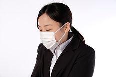 咳・喘息;梅ヶ丘でなく梅が丘。ガンコな咳,案外こわい!?「ただの咳」と放っておかずに、早期の治療をおすすめします。長引く咳を放っておくと、何ヶ月も気管支に炎症を起こしている状態になり、気管支が変形してきます。その結果、風邪をひくたびに咳が出やすくなったり、本格的な気管支喘息を発症する可能性も…。当院では、咳の診断治療を専門的に行っています。ガンコな咳を放っておかず、なるべく早めにご来院ください。