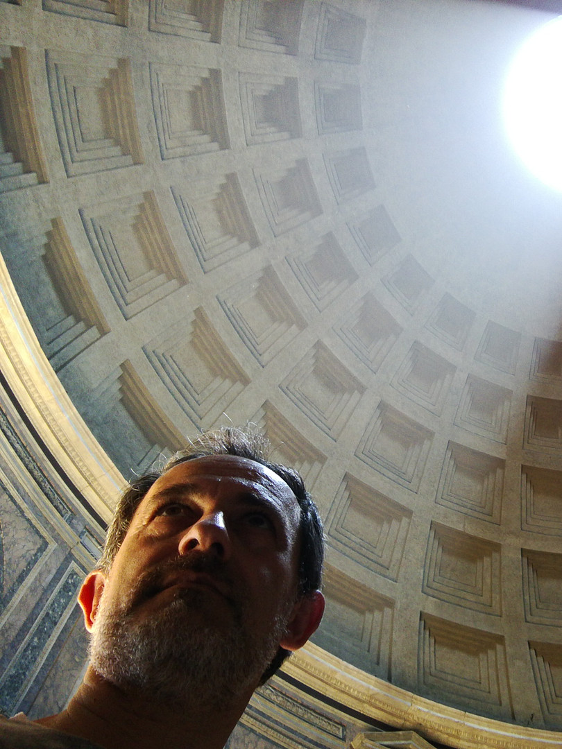 Ayo at the Pantheon in Rome, Italy