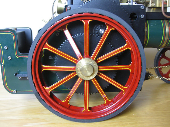 Lined wheel paint work for painted engines