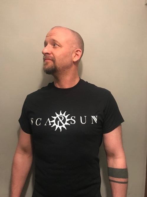 Scarsun letter logo - mens T-shirt