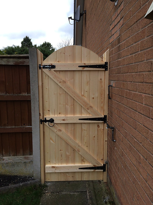 MADE TO MEASURE GARDEN GATE