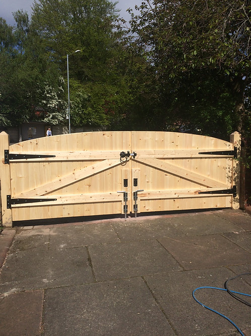 3FT HIGHEST POINT DRIVEWAY GATES