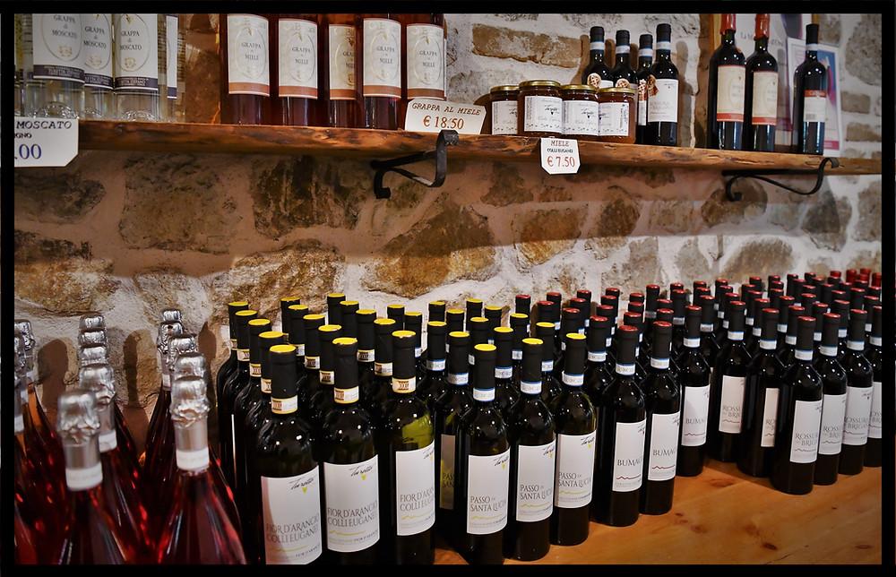 Turetta - Cà Bianca Cantina Wine Cellar