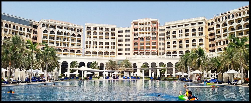 Ritz-Carlton Abu Dhabi Pool
