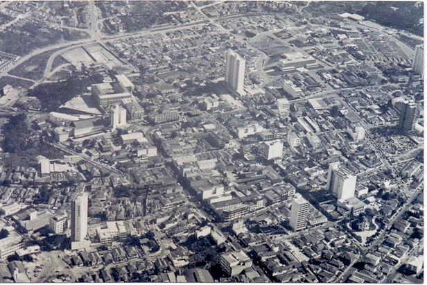 33. Centro Hist_rico de Guarulhos, decad