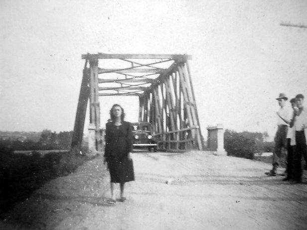 32. Bairro Ponte Grande (data e autoria